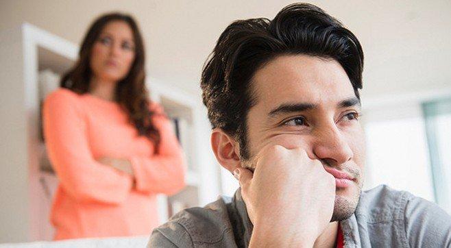 Почему жена упрекает мужа