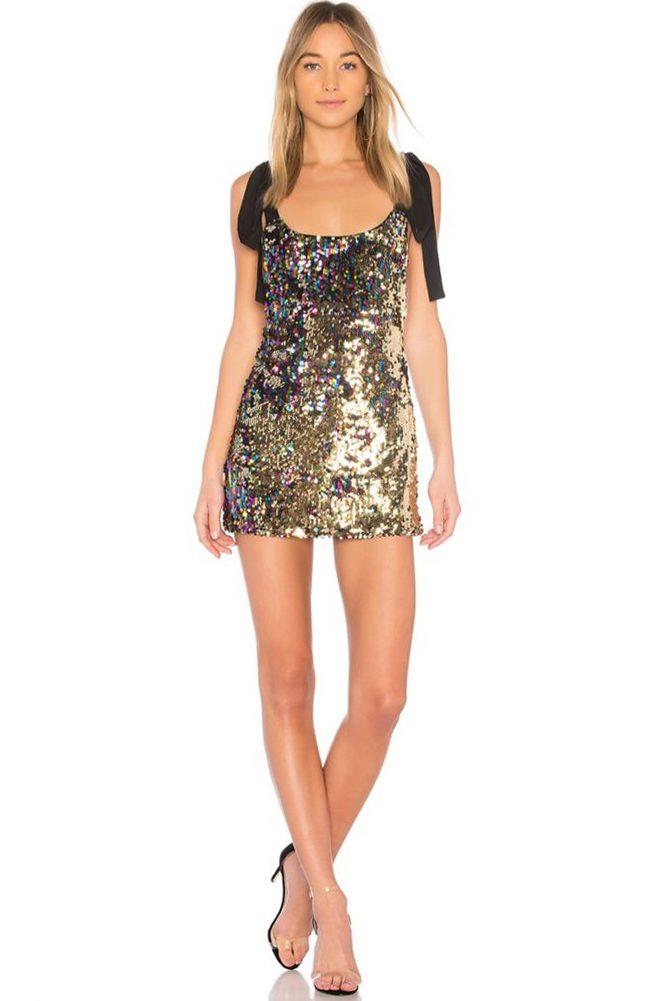 8 классных блестящих платьев для новогодней ночи — подборка