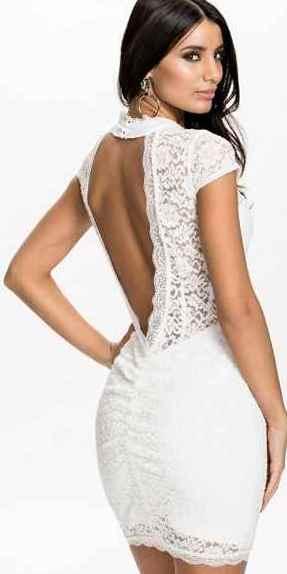 Платье с открытой спиной 14