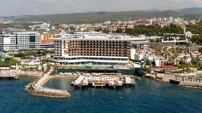 Лучшие отели Турции. Sirius Deluxe Hotel Avsallar