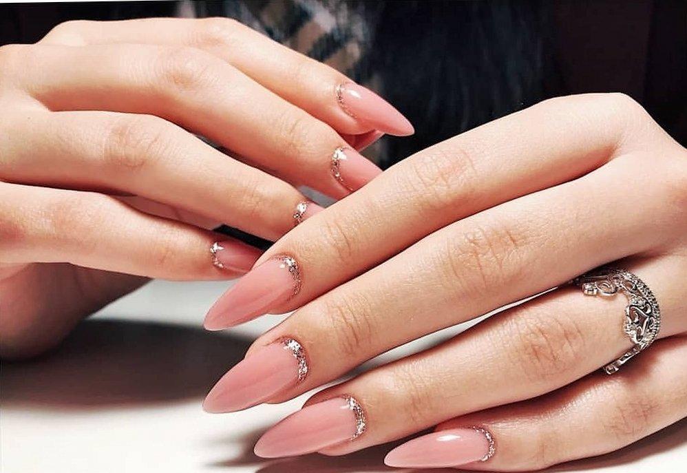 Маникюр или наращивание ногтей