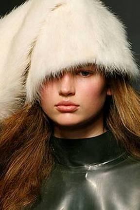 Модные шапки зима 2011-2012