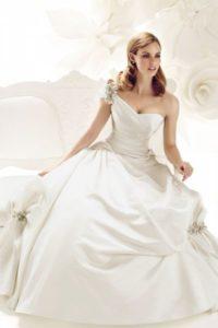 Модные свадебные платья 2011 2