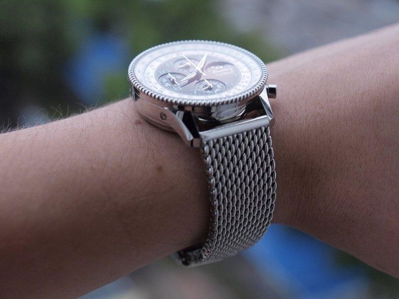 Часы с миланским сетчатым браслетом