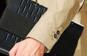 Мужские пиджаки с манжетами на пуговицах