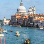 Преимущества шопинга в Венеции перед Миланом и Римом
