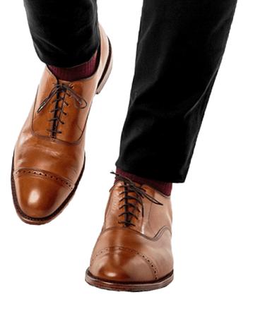 Коричневые туфли с черными брюками 5