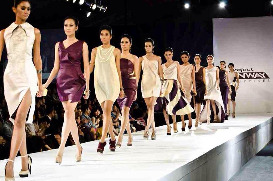 Модели высокой моды считаются ходячими манекенами или пассивными вешалками для одежды. Эта статья посвящена реальному состоянию моделей в индустрии моды