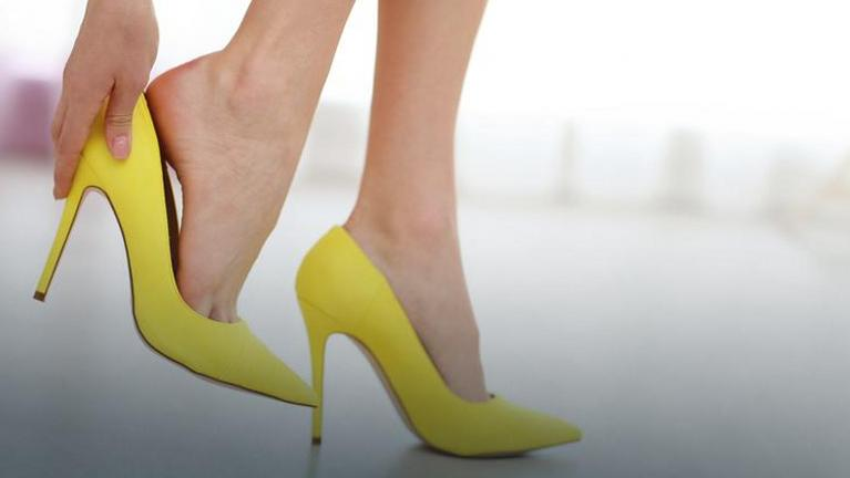 Как ходить на каблуках правильно