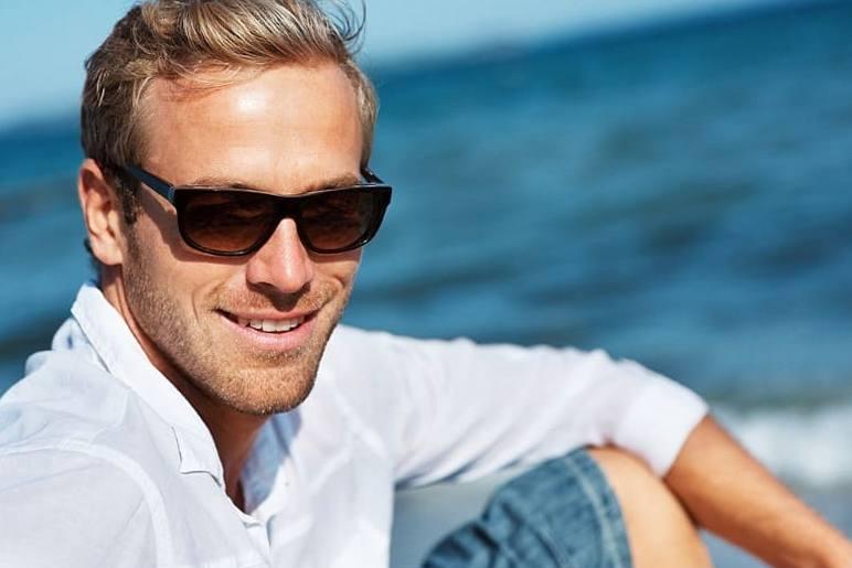 Модные очки. Пляжный отдых