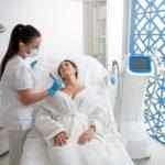 Косметические процедуры для красивой груди и зоны декольте
