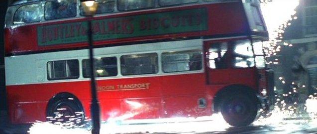 Лондонский автобус в кинематографе. Мумия возвращается