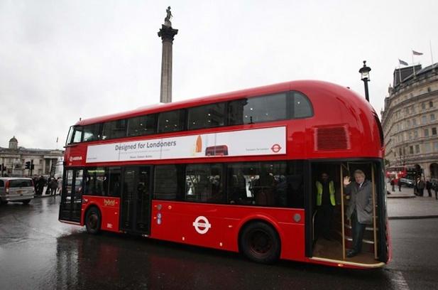 Лондонский автобус. Новый Routemaster