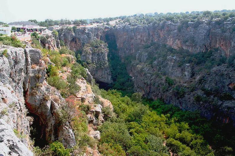 Лучшие курорты Турции. Пещеры Cennet ve Cehennem