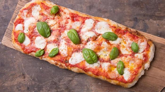 Виды пиццы. Пицца alla pala