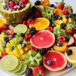 """<span class=""""title"""">11 самых полезных фруктов и ягод</span>"""