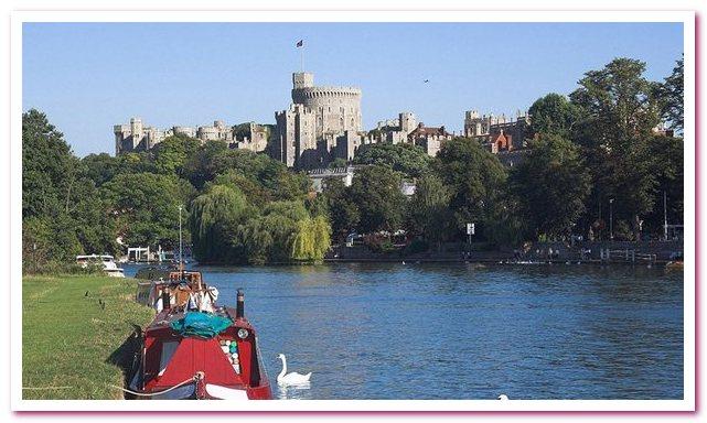 Виндзорский замок. Вид со стороны Темзы