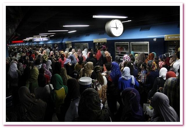 Отдых в Египте. Часы в каирском метро