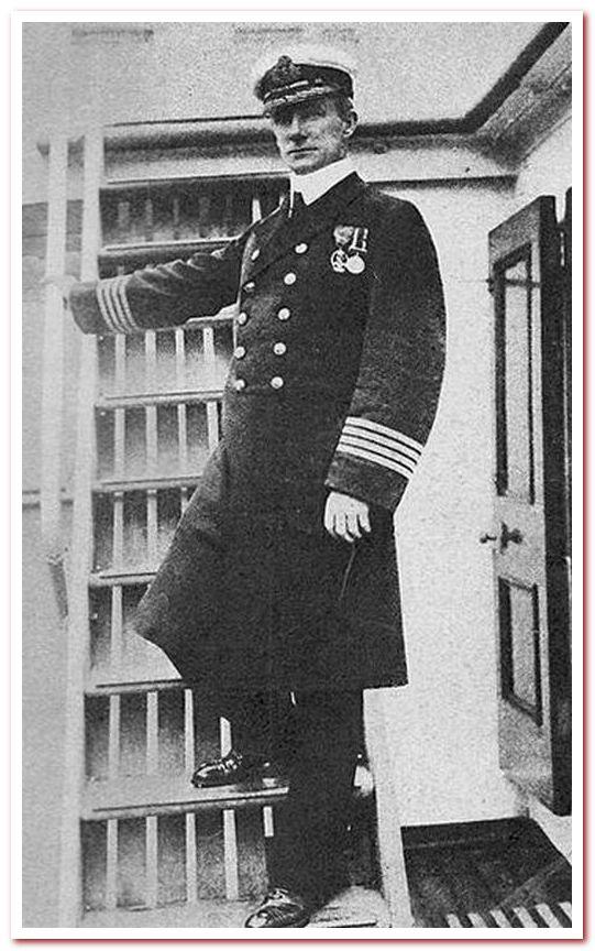 Капитан Артур Х. Рострон из RMS Carpathia . Scribner's Magazine (март 1913 г.)
