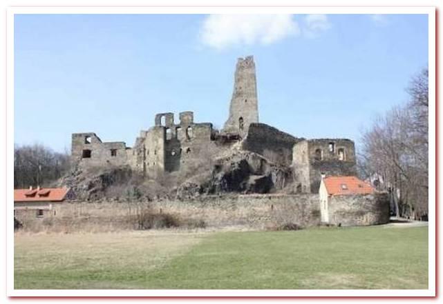 Отдых в Чехии. Замок Окорж