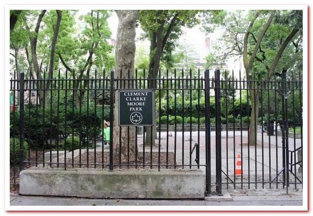 Район Челси Нью-Йорк. Парк Клемента Кларка Мура