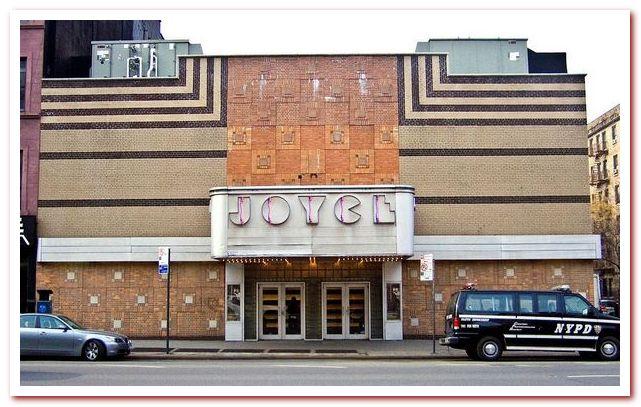 Район Челси Нью-Йорк. The Joyce Theater