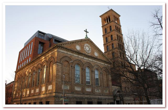Гринвич-Виллидж. Мемориальная церковь Джадсона