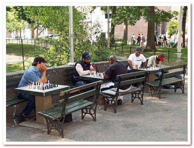 Игра в шахматы. Вашингтон-сквер парк