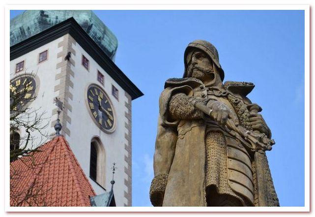 Достопримечательности Чехии. Памятник Яну Жижке в Таборе