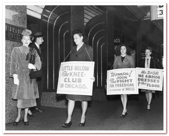Группа женщин протестует против длинных юбок, продвигаемых Dior (Чикаго, 1947).