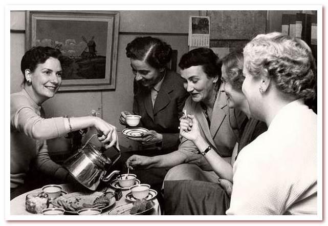 Национальный напиток Швеции. Кофе-брейк в Швеции в 1950-е годы.