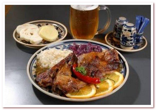 Чешская кухня редко бывает без пива