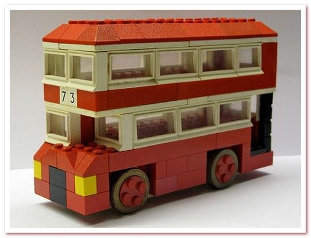 История Лего. Первые игрушки из пластика