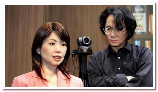 Антропоморфный робот. Хироси Исигуру со своим детищем