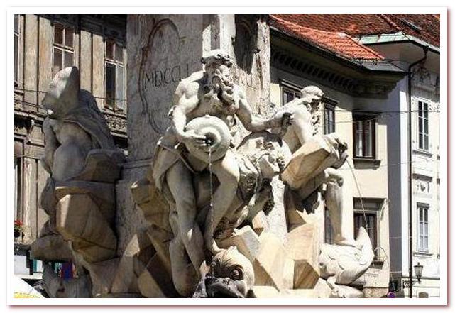 Курорты Словении. Любляна. Фонтан Трех Крайнских рек