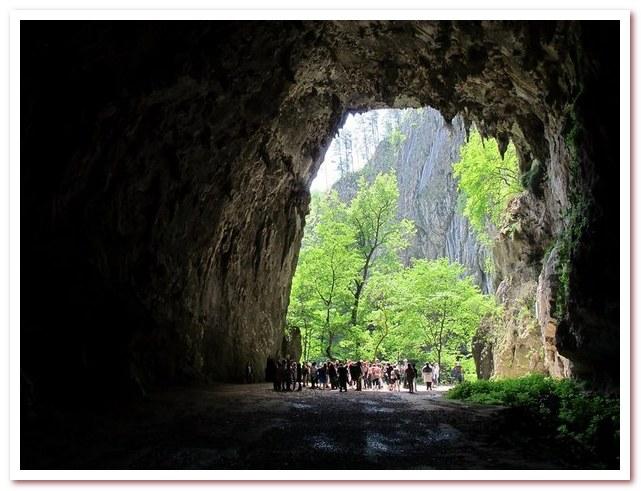 Курорты Словении. Шкоцянские пещеры