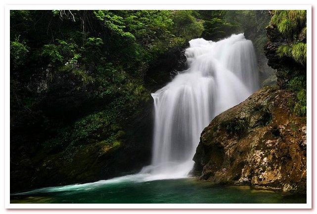 Курорты Словении. Водопад Шум