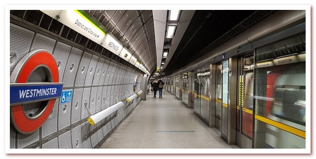 Лондон Гарри Поттера. Станция метро Westminster