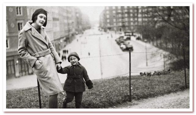Астрид с сыном Лассе