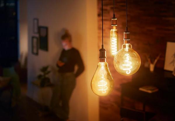 Кто изобрел электрическую лампочкуКто изобрел электрическую лампочку