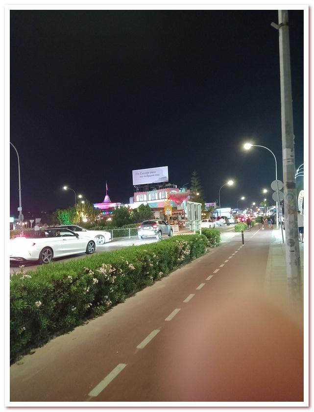 Курорты Кипра. Ночью в Айа-Напе жизнь в самом разгаре