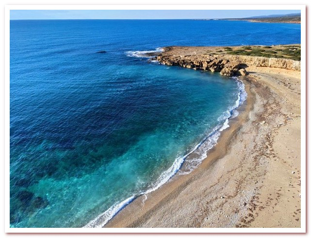 Курорты Кипра. Пляж Уайт-Ривер