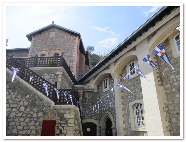 Курорты Кипра. Высокогорный монастырь Киккос