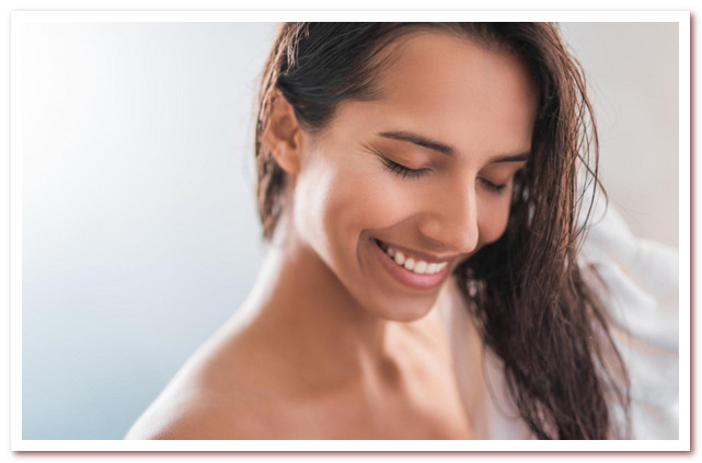 Масло для волос - один из самых простых и эффективных способов улучшить их состояние