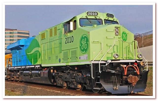 История железных дорог. Гибридный локомотив