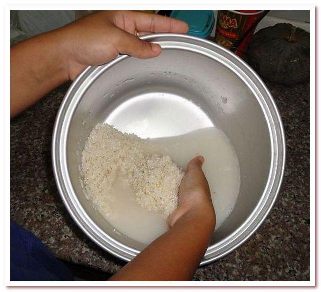 Рисовая вода для волос проста в приготовлении